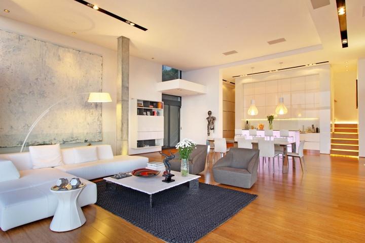 bright-light-living-room-dining-room