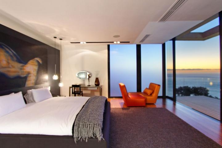 night-bedroom-deck-ocean-view