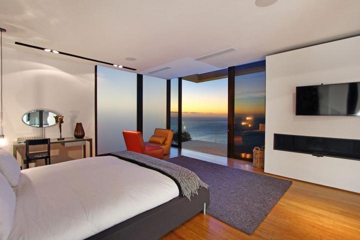 night-guest-bedroom-ocean-view