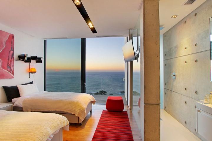ocean-view-bedroom