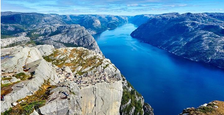 fjord-984130_1280